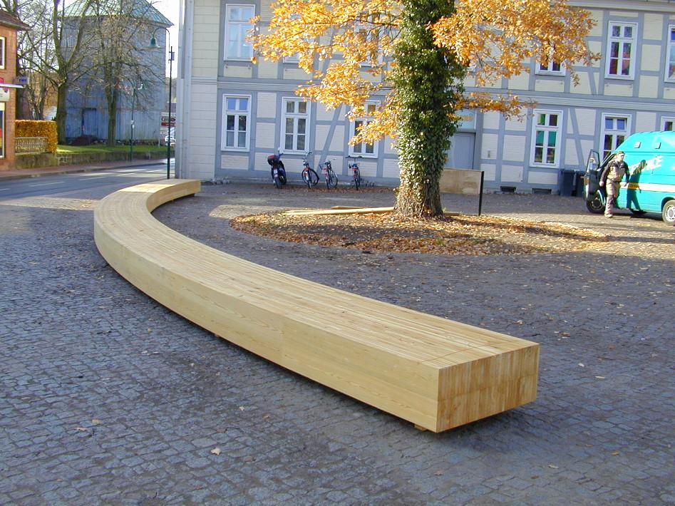 Lärchenholzbänke - Marktplatz Visselhövede